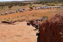 Uluru Hiking Path, Uluru-Kata Tjuta National Park, Australia