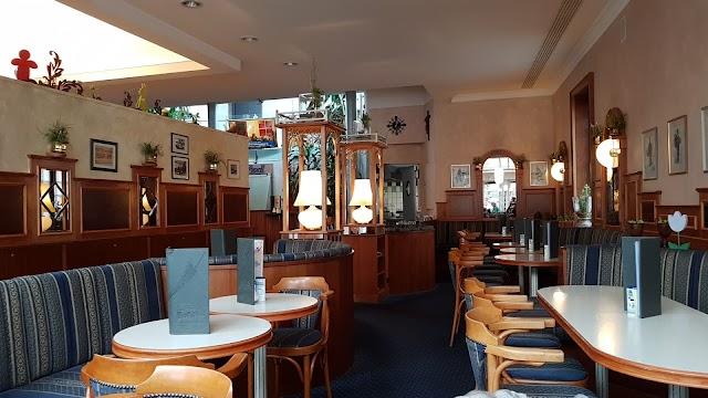 Cafe Bredl