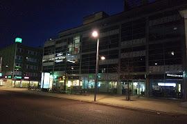 Автобусная станция   Oulu linja autoasema lähtölaituri
