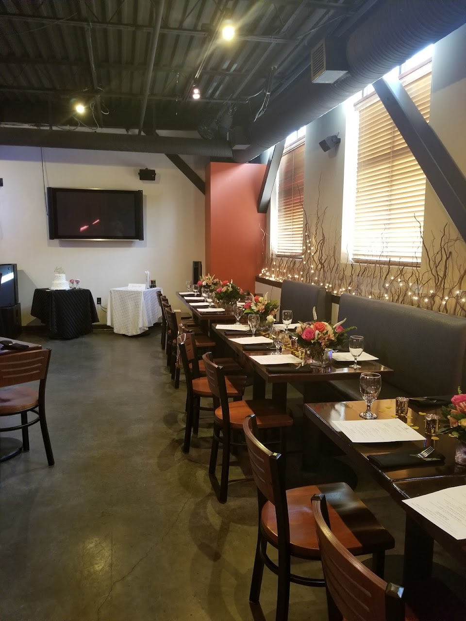 Lotus Bar & Eatery