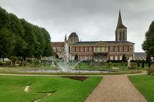 Jardin de L'Eveche, Ville de Lisieux, France