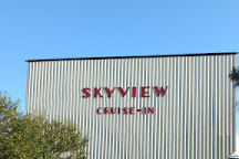 Skyview Cruise-in Theatre, Lancaster, United States