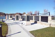 Veterans Memorial Park, Oconomowoc, United States