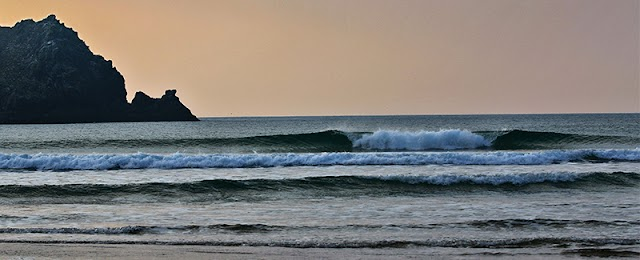 Holywell Bay School of Surf