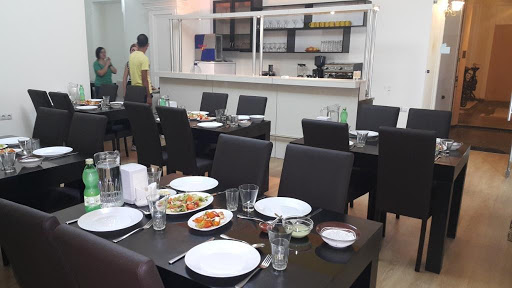 Spice Garden Restaurant Tbilisi ინდურ, არაბული, რესტორანი
