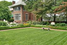 Applewood Estate, Flint, United States