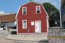 Nathan Hale Schoolhouse, New London, United States