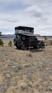 Earthship Overland - Offroad Adventure Trailers