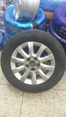 Continental – Khan Tyres islamabad