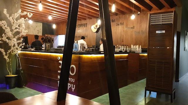 360 degrees cafe & Resturant