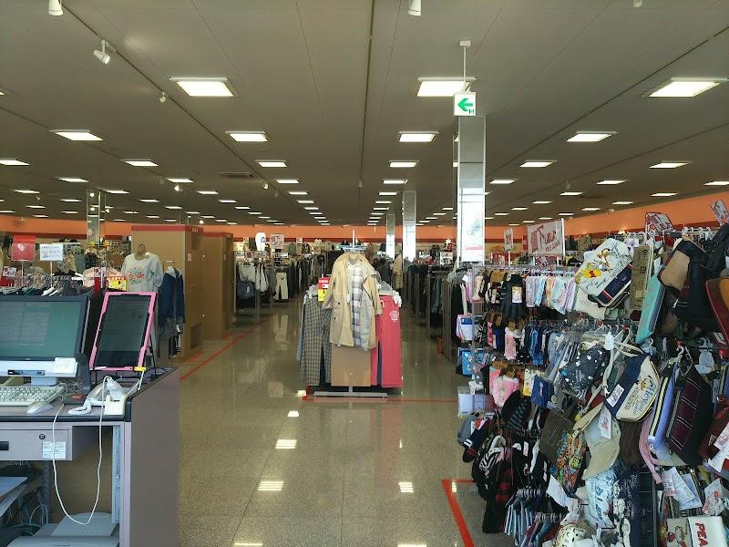 ファッションセンターしまむら二宮店