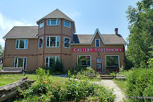 Golden Gallery Tobermory, Tobermory, Canada