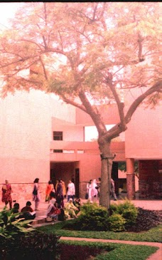 Aga Khan University Medical College karachi