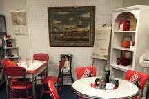 Rolling Hills Antique Mall, Harrisonburg, United States