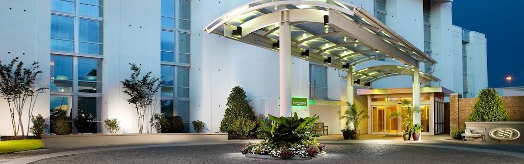 Crowne Plaza Charleston Airport