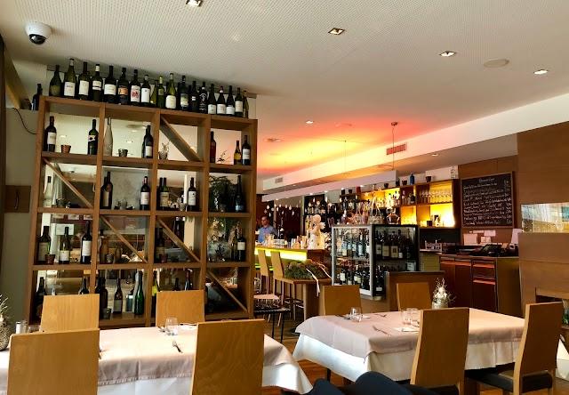 Grander-Restaurant