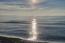 Plage du Cavaou, Fos-Sur-Mer, France