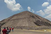 Zona Arqueológica de Teotihuacan Estacionamiento Puerta 5, San Juan Teotihuacan, Mexico