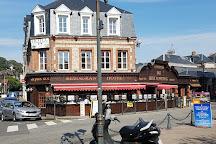 Le Vieux Marche, Etretat, France
