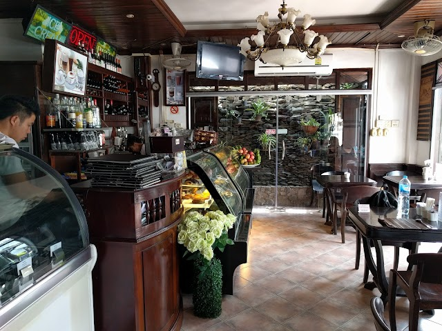 Restaurant Luang Prabang Bakery & Guest House