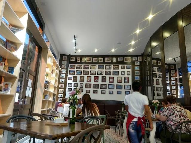 Cafe Valparaiso