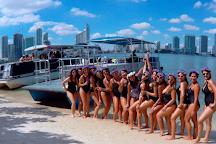 Cruz 'N Booz, Miami, United States