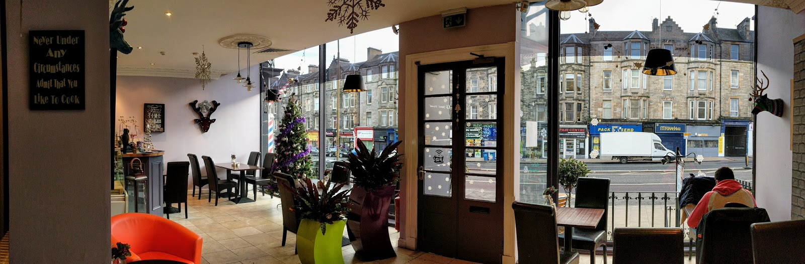 Owl&Deer Coffee House and Bistro: A Work-Friendly Place in Edinburgh