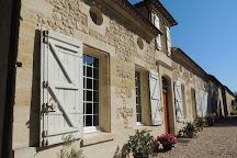 Chateau Panet - Vignobles Carles, Saint-Christophe-Des-Bardes, France