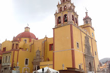 Alley of the Kiss (Callejon del Beso), Guanajuato, Mexico