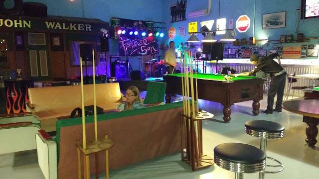 Double Deuce Bar & Billiards