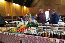Sunday Lincoln City Farmers & Crafters market, Lincoln City, United States