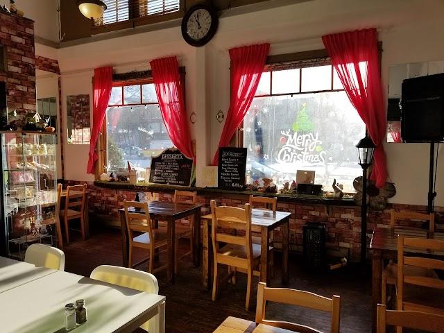 Dwarf no Cachette Cafe & Gift