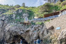Red Grotta, Capri, Italy