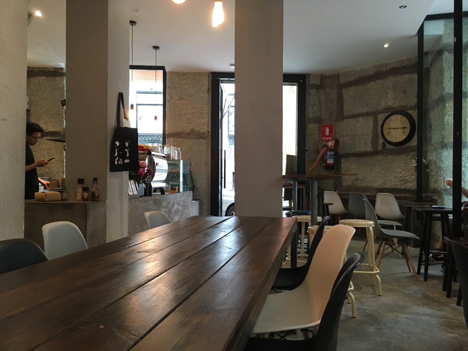 HanSo Café: A Work-Friendly Place in Madrid