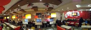 """KFC, сеть ресторанов быстрого обслуживания ООО """"Глобал Фуд Уфа"""", Коммунистическая улица, дом 3 на фото Уфы"""