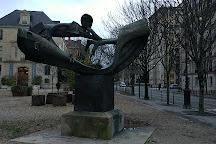 Statue d'Arthur Rimbaud, Paris, France