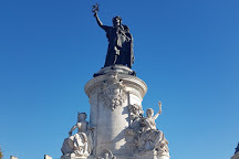 Monument a la Republique, Paris, France