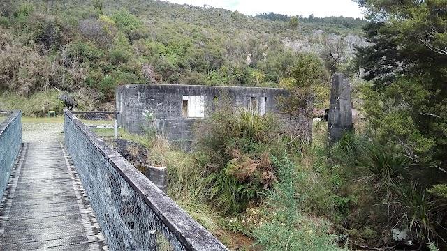 Charming Creek Walkway (Seddonville Trail Head)