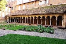 Cloitre de la Collegiale Saint Salvy, Albi, France
