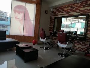Palace Salon Spa Y Barberia 8