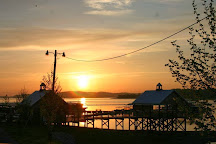 Mountain Cove Marina, Sevierville, United States
