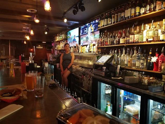 Kip's Bar