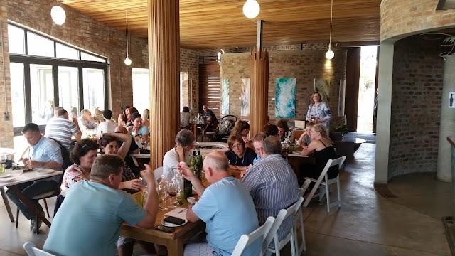 Spookfontein Wines & Spookfontein Restaurant