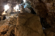 Vai Gioi Cave, Ninh Hai, Vietnam