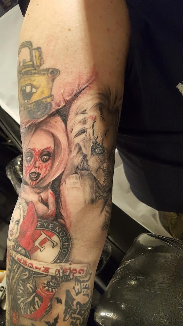 Angel And Demon Tattoo Piercing Voorstraat 47 3231 Be