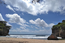 Pantai Ngitun, Gunung Kidul, Indonesia