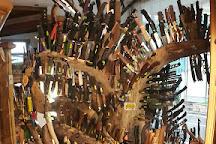 Knife shop Giorgetta Souvenirs, Misurina, Italy