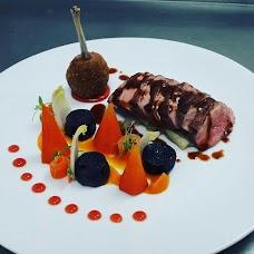 White House Restaurant & Rooms