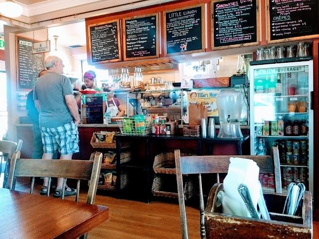 Little House Cafe