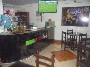 La Barra Sports café 3